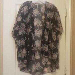 Live 4 Truth Long Sheer Kimono Size M